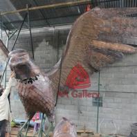 patung elang tembaga 18