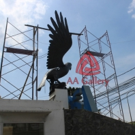 patung elang tembaga 06