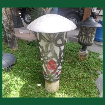 Kerajinan Lampu Taman