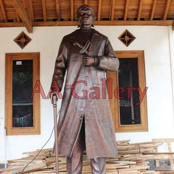 Seni Kerajinan Patung Tembaga Jenderal Besar Soedirman